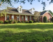 3517 Greystone Dr, Spring Hill image
