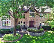 985 North Chapel Court, Glen Ellyn image