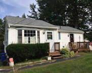 406 Mammoth Road, Londonderry image