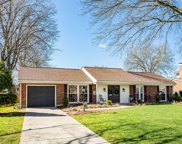8004 Troutwood Ct, Louisville image