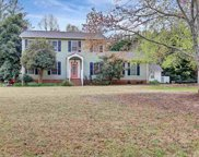 105 Williamsburg Drive, Greer image