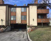6834 Countrywoods Cir Unit H22, Cottonwood Heights image