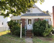 1622 Lincoln Ave, New Hyde Park image