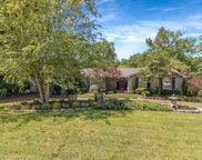 550 Indian Lake Rd, Hendersonville image