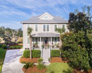 801 Fiddlers Point Lane, Mount Pleasant image