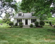 825 Shinn Farm  Road, Mooresville image