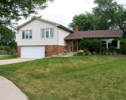 1505 West Suffield Court, Arlington Heights image