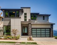 524 Viewcrest Drive NW, Issaquah image