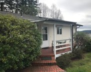 915 E 13th St, Coquille image