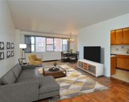 230 Garth  Road Unit #4C1, Scarsdale image