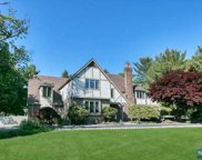 7 Corn Mill Court, Upper Saddle River image