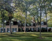 321 Hilldale Place, Lake Forest image