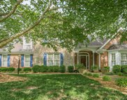 2825 Avenue of the Woods, Louisville image