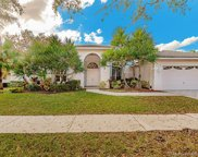 2703 Meadowood Dr, Weston image