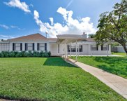 5 Steeplechase Circle, Tequesta image