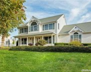88 Tallmadge  Trail, Miller Place image