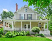 218 East Hickory Street, Hinsdale image
