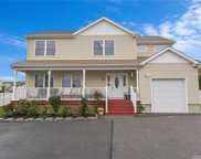 1242 Oakfield  Avenue, Wantagh image
