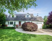 2 Terry Ln, Commack image