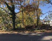 Jefferson  Avenue, Brentwood image