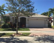 3748 Falcon Ridge Cir, Weston image