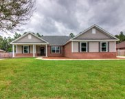 4648 Meadow Lake Drive, Crestview image