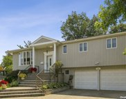 581 Hungry Harbor  Road, N. Woodmere image