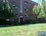 35 Shady Glen  Court Unit #1A, New Rochelle image