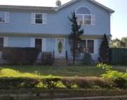 54 Fairview Ave, Holtsville image