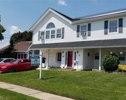 28 Wendell  Street, Plainview image