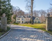 25  Middle Hollow Road, Lloyd Harbor image