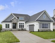 7489 Edith Way, Crestwood image