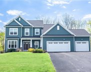 38 Copper Beech Run, Perinton image