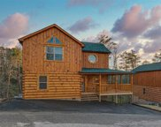 2068 Cougar Crossing Way, Sevierville image