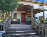 5865 NE Park Point Dr, Seattle image