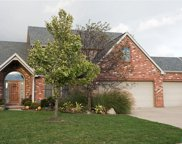 5742 Maple Creek, Sylvania image