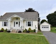 41 East Lawn, Upper Nazareth Township image