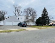 2 Church  Road, Levittown image