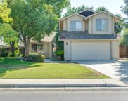 2308 Mountain Oak, Bakersfield image