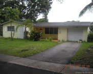 4909 SW 90th Ter, Cooper City image