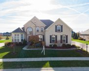 2817 High Grove  Circle, Zionsville image