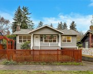 2715 39th Ave SW, Seattle image