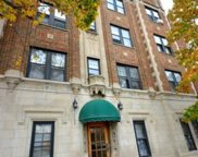 948 West Cuyler Avenue Unit 304, Chicago image