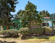 8221 SE 36th St, Mercer Island image
