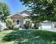 207 Oak Crest  Way, Medford image