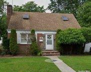 216 Laclede  Avenue, Uniondale image