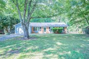 2006 Twin Pines Drive, Kernersville image