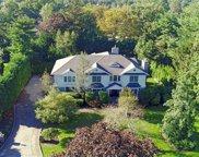 104 Woodhill Lane, Manhasset image