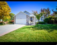 7691 S Sunset Cir, West Jordan image