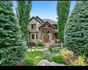 8812 S Sutton Way E, Cottonwood Heights image